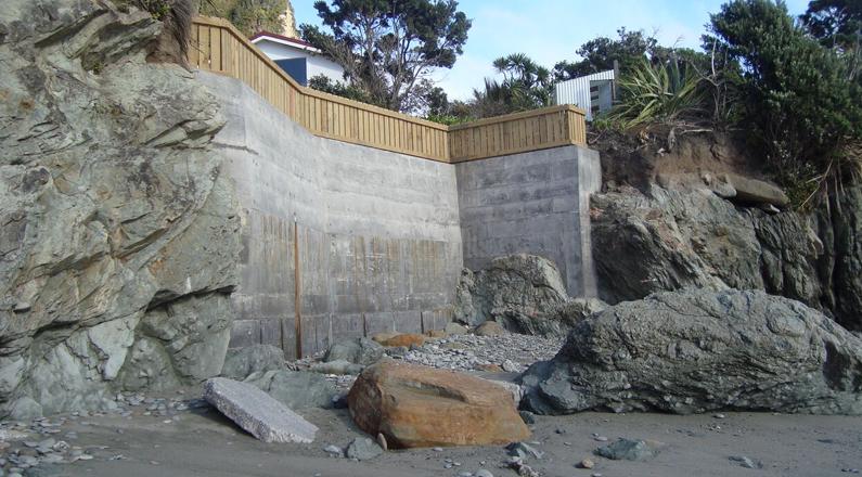 Concrete Retaining Wall
